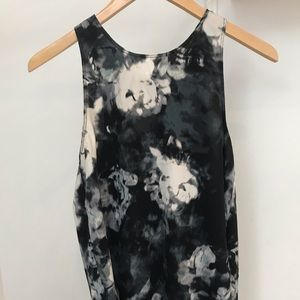 Wilfred blue and white floral top